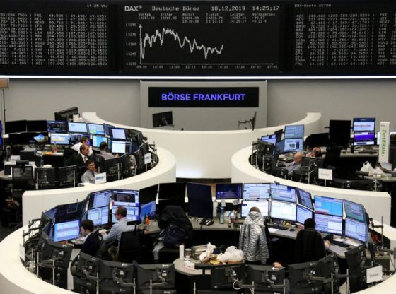 European shares inch higher on Brexit relief; Coronavirus fears cap gains