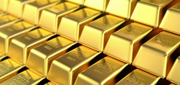 Gold prices fall to Rs 47,960 per 10 gm, silver trends at Rs 69,800 a kg